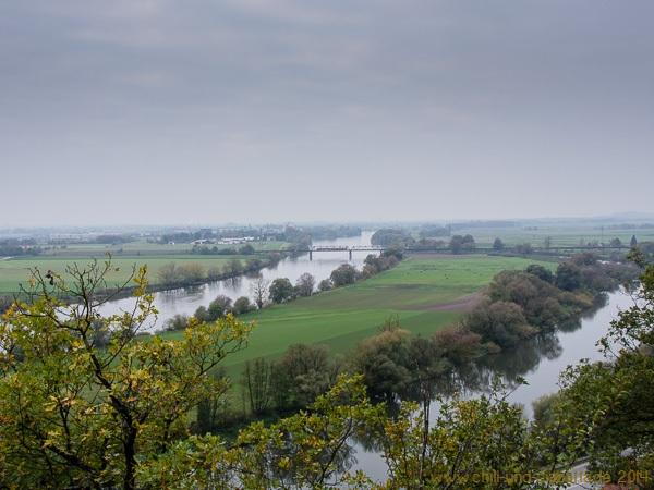 Blick vom Lippweg auf die Donau bei Bogen