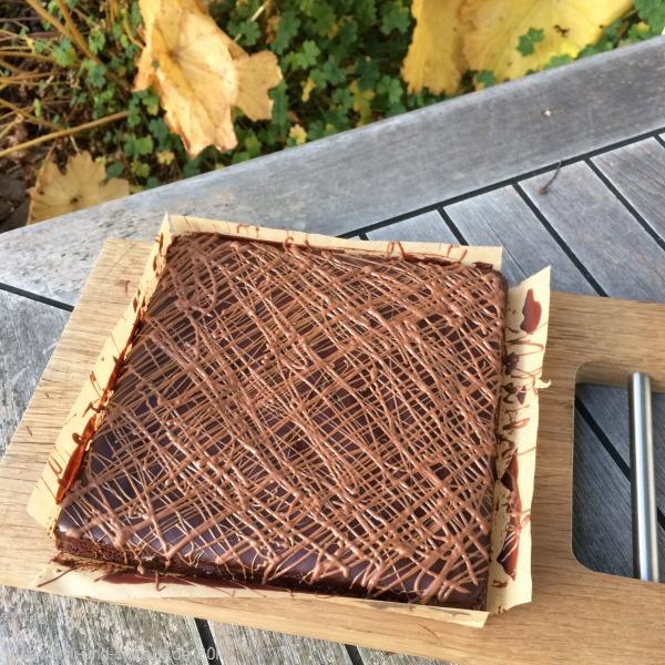 Milchschokolade-Erdnussbutter-Trüffel-Brownies