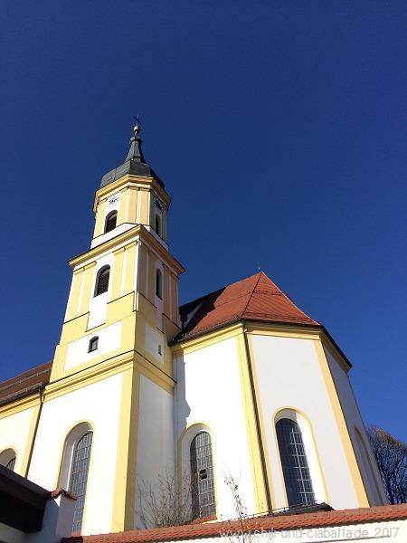 blauer Himmel über Viechtach
