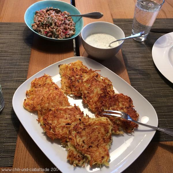 Kartoffelpuffer, Krabben mit Dillcreme