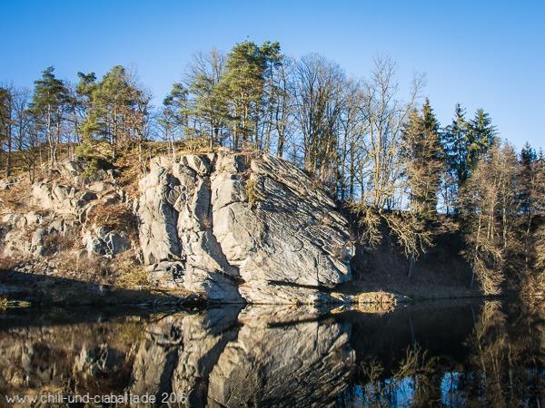 Felsen bei der Rugenmühlbrücke