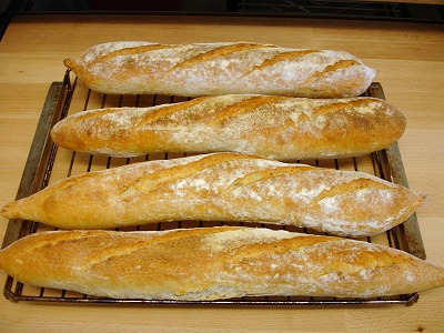 Baguette de tradition française mit poolish