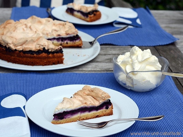 Heidelbeer-Quarkkuchen mit Baiserhaube