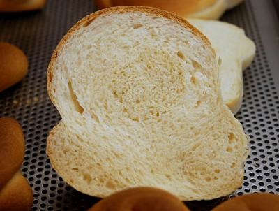 Brot, aufgeschnitten