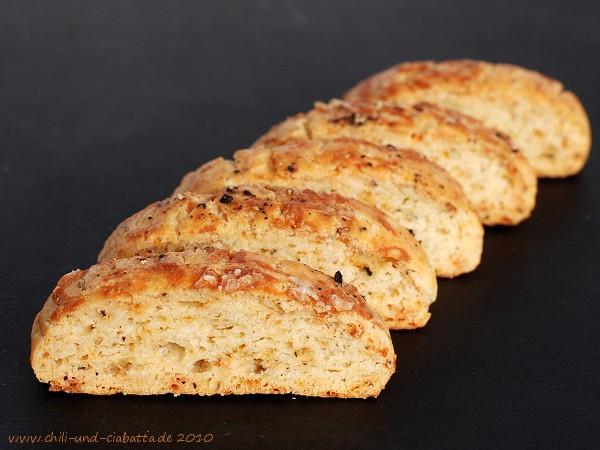 Parmesan-Pfeffer-Biscotti