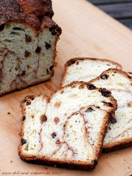 Raisin Brioche Twist