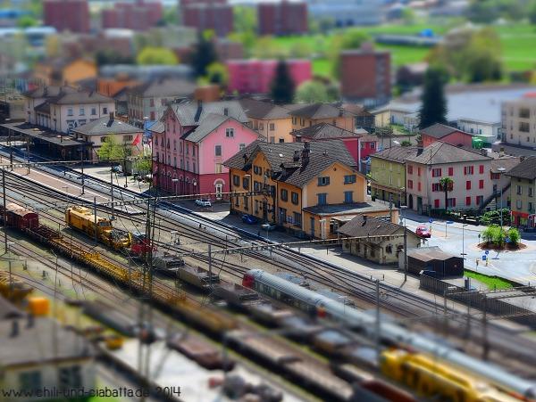 Bahnhof Biascan, Miniatureffekt