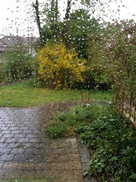 Regen Sturm und Hagel