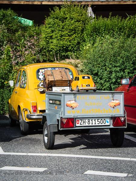 Fiat 500 mit Anhänger