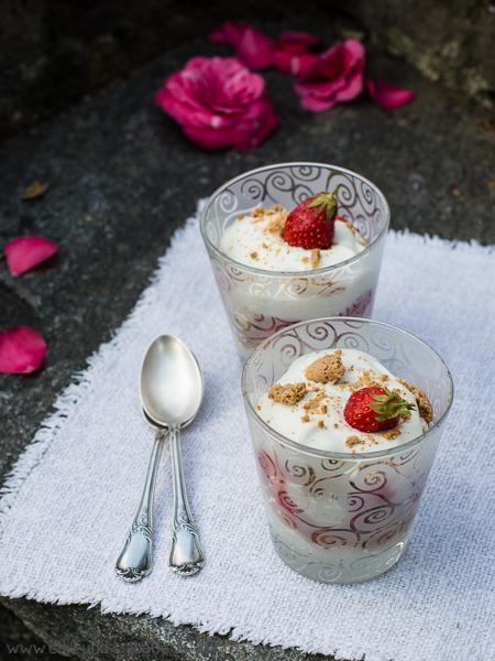 Erdbeer-Becher