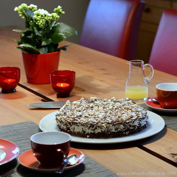 Kaffeeklatsch mit Schneegestöber-Torte
