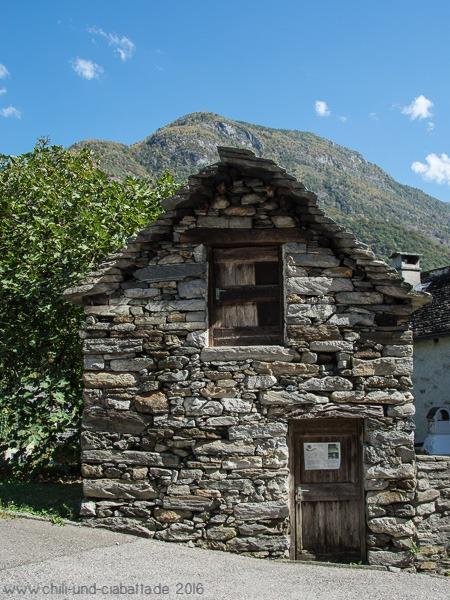 Kastanientrockenhaus