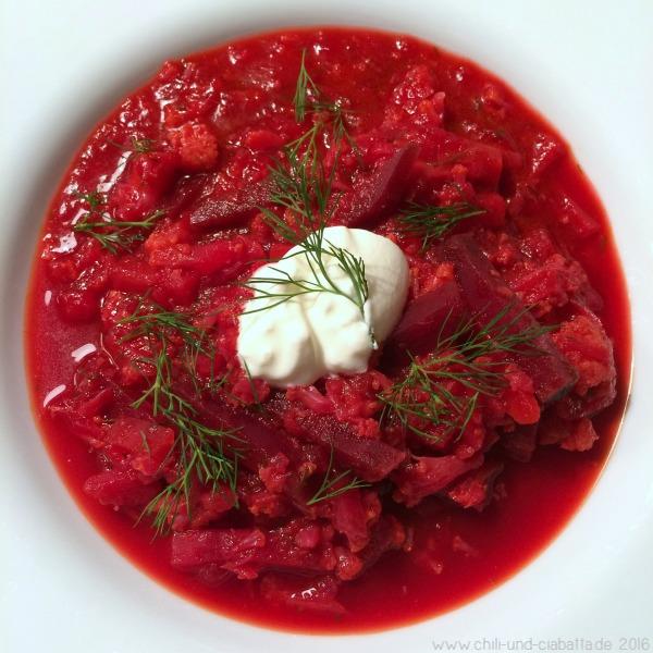 Rumfort-Suppe mit roten Beten und Blumenkohl