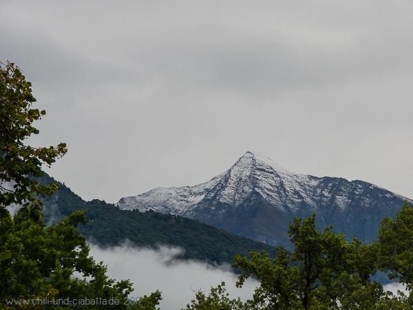 Vogorno mit Schnee