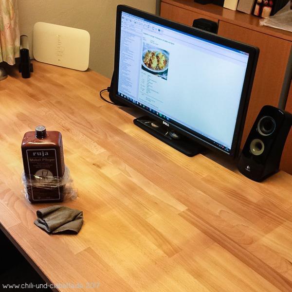 Schreibtisch Möbelpolitur