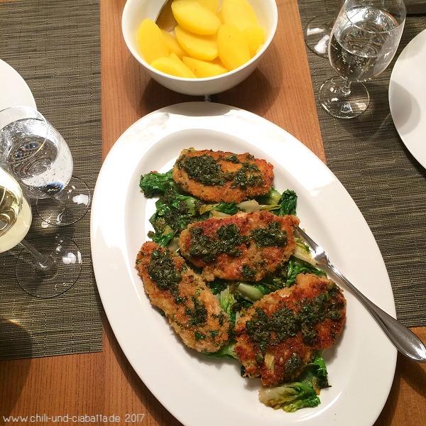 Hähnchen-Piccata mit geschmorter Endivie und Zitronen-Kapernbutter