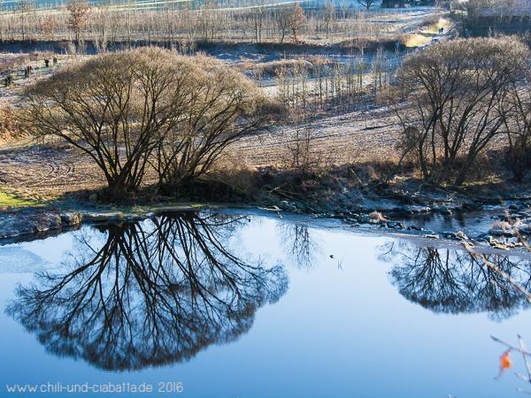 Spiegelung bei der Rugenmühlbrücke