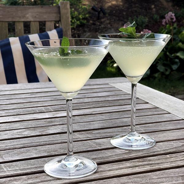 Sparkling Mojito Martini
