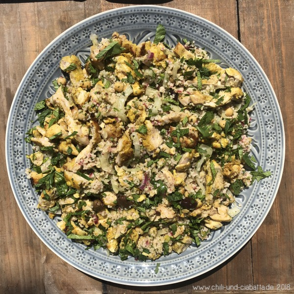 Couscous-Salat mit Fenchel, Kichererbsen und Hahnchen