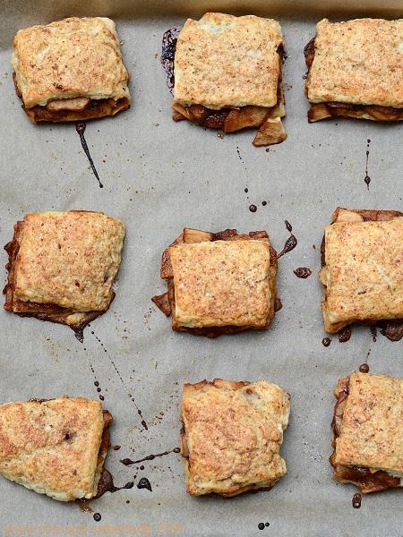 Biscuits auf dem Blech