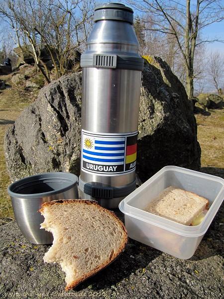 Picknick mit Martins großem Brot