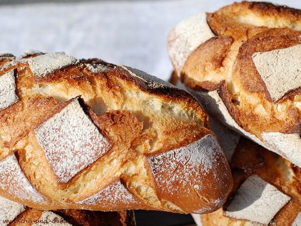 Brot mit Kartoffelflocken, Kruste