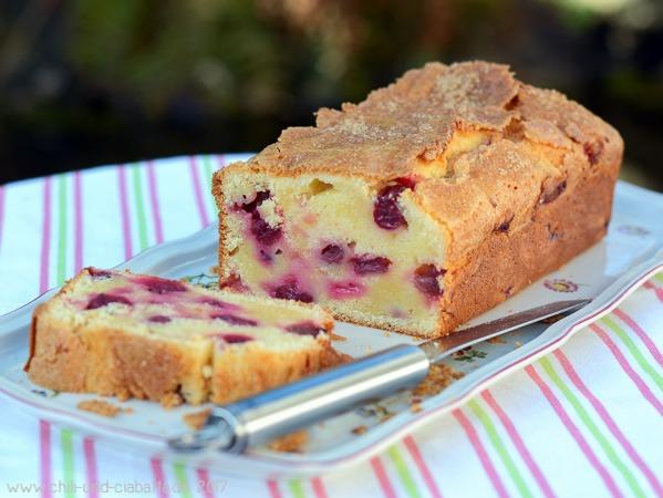 Stachelbeer-Crème-fraîche-Kuchen Anschnitt
