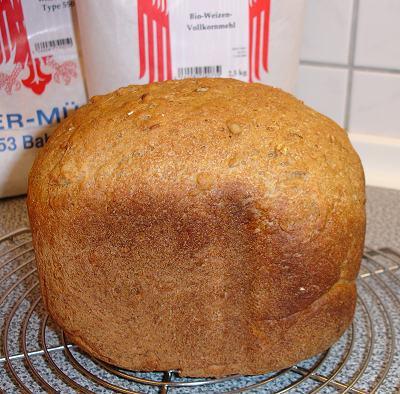 Vollkorn-Sonnenblumen-Brot